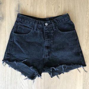 GUESS black denim cutoff shorts - vtg size 28